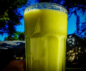 Kimberly Snyder's Glowing Green Smoothie!